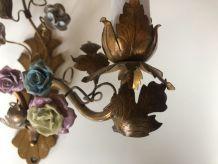 Deux Applique En Bronze à décor de fleurs En Porcelaine alle