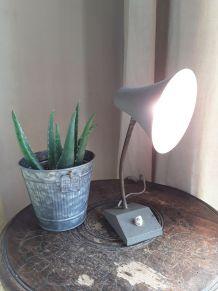 Petite lampe de bureau vintage 1950