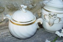 Lot de  2 sucriers pots ménagers en porcelaine blanche et or