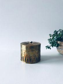 Boîte vintage en laiton ajouré