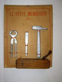 Ancien jouet Loly : panoplie Le Petit Menuisier
