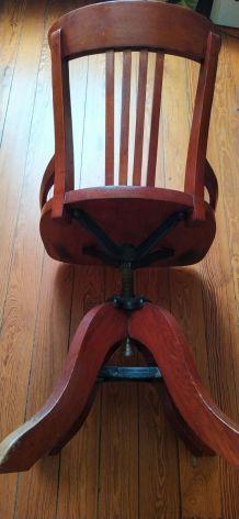 Beau fauteuil de bureau à vis des années 20/30