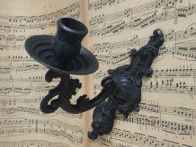 Applique-bougeoir de piano