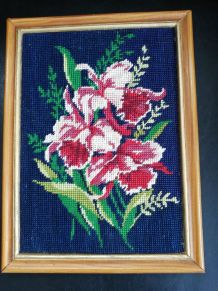 Tableau canevas, tapisserie fleurs