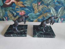 serre-livres bouquetins anciens, base en beau marbre noir
