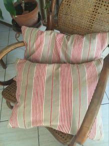 2  coussins en toile bayadère ancienne.