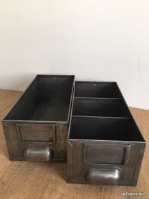 Paire de casiers industriels, tiroirs d'atelier