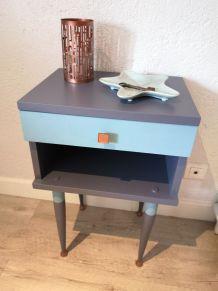 Petit meuble d'appoint vintage