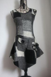 Tunique ou robe style anglais carreaux gris noir Taille 36