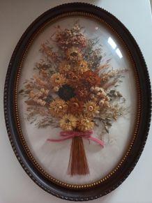 Grand Cadre ovale de fleurs séchées