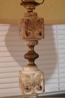 Lampe Vintage - de 67 cm - tête d'éléphant sculpté - Albâtre