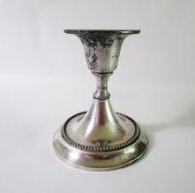 Bougeoir en métal argenté