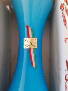 Vase vintage opaline bleue Italie dans sa boite