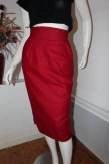Jupe droite taille haute vintage rouge sang T 34/36