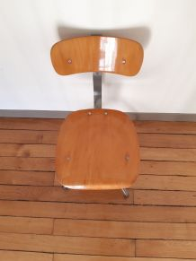 Chaise atelier vintage