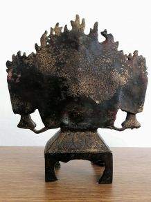 Ancien autel bouddhiste fonte bronze bouddha