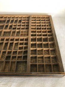 Ancien casier d'imprimerie, Antiques corps 12