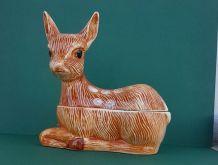 Faon en céramique avec couvercle signé Michel Caugant