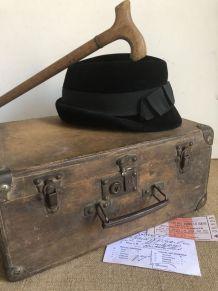 Valise en bois, voyage d'autrefois
