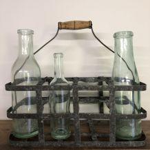 """Casier à bouteilles en zinc  : """"Un 8 trous"""""""