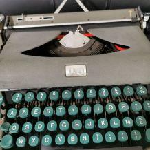 Rare machine à écrire Calanda S
