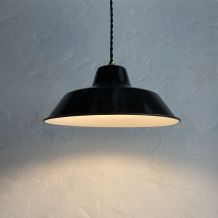 LOT 2 LAMPES SUSPENSIONS INDUSTRIELLES EMAILLEES 30 CM