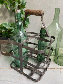Ancien casier à bouteilles de bistrot