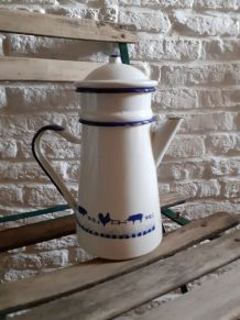 Cafetiere emaillee