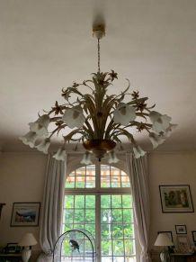 Lustre en bronze à fleurs