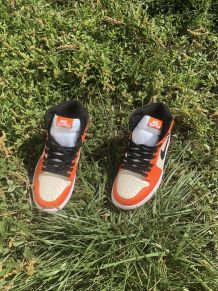 Nike Air Jordan 1 Mid Neuves Jamais Portées