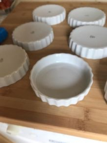 7 moules à tartelette Compagnie Nationale de Porcelaine