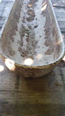 Ancienne auge à cochons en fonte patinée.  Idéal jardinière