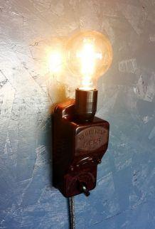 """Applique vintage, lampe murale """"La Révoltée"""""""