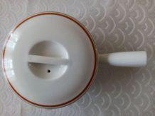 Casserole couverte Porcelaine d'AUTEUIL
