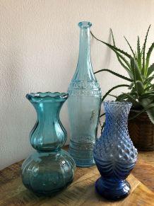 Trilogie bleu de verrerie  vintage.