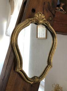 Mon beau petit miroir doré vintage