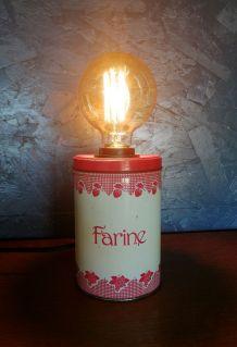 """Lampe vintage, lampe de table, lampe de bureau -  """"Fraise Vi"""