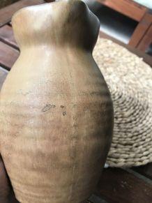 Pichet en terre cuite vintage