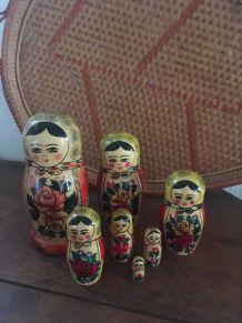 7 poupées russes matriochka.