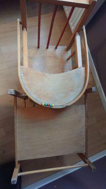 Chaise bébé en bois