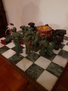 Échiquier en bronze 32 pièces pièce unique