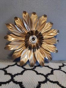 applique murale feuilles en métal doré