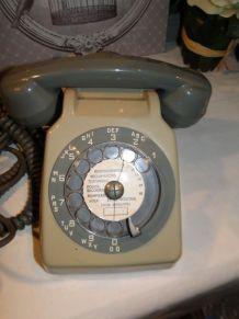 VINTAGE TELEPHONES FILAIRES