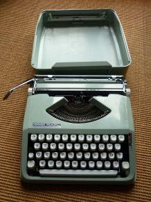 machine à écrire rare de marque HERMES baby années 70