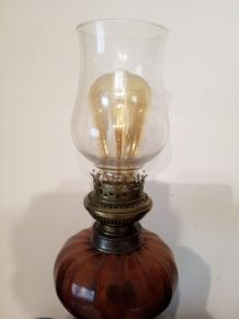 N° 97 Grande lampe à pétrole