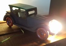 N° 230 Lampe voiture