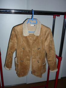 blouson de marque C.F.K Taille 14 ans 100% polyester