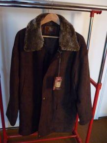 beau manteau Andrea Ermanni taille XL superbe
