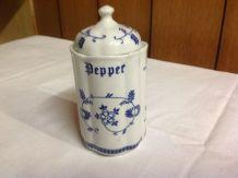 Ancien pot porcelaine