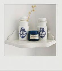 Petit pot d'apothicaire en opaline et motif bleu outremer